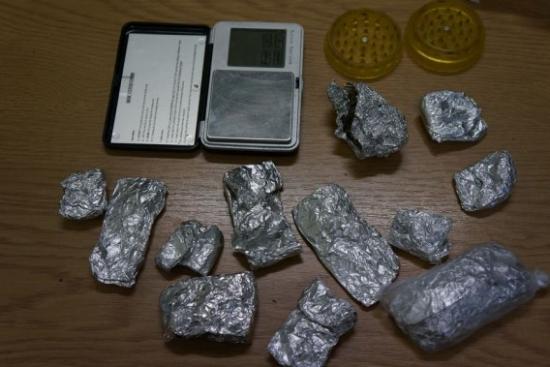 Kryminalni przejęli amfetaminę, broń i amunicję