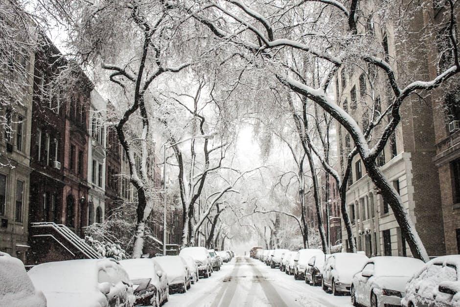 Zimowe obowiązki właścicieli posesji