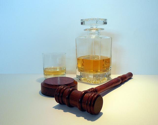 Sędzia spowodowała wypadek pod wpływem alkoholu. Sprawa trwa
