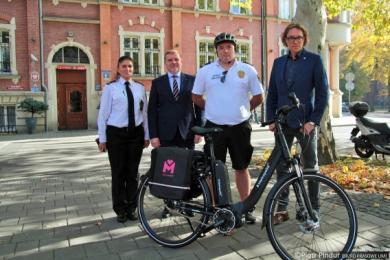 Pierwszy rower elektryczny z Metropolii przekazany Siemianowicom Śląskim